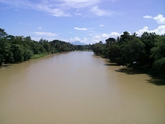 Ciujung was seen from above the Jembatan Dua.