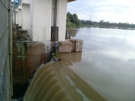 Size of water discharge at the dam of Pamarayan.