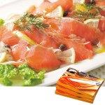 アラスカ沖で漁獲した鮭を塩と砂糖のみで味付け、メープルチップで燻した本格派