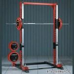 正確なフォームで身体の安定が保たれたまま高重量に挑戦していただけます。