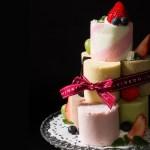 【クリスマス限定商品】ミニロールがぎっしり! パッケージを開くと、ロールケーキ