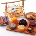 和菓子の定番商品である羊羹、栗かのこに加え、焼き芋饅頭、みるく饅頭