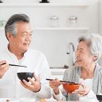 介護保険では対応できないお掃除やご家族の分のお料理など、家事をお手伝い