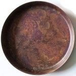 薄い銅板製で、高岡銅器の着色技法。使う程に素材感を増していきます