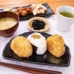 日本で唯一西伊豆で製造されている「潮鰹」の焼き身のフレークです。
