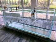 Зажимаем аквариум в струбцины