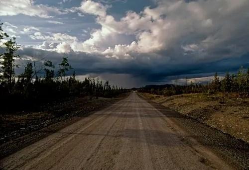 La strada verso lorizzonte Dipingere il paesaggio ad olio