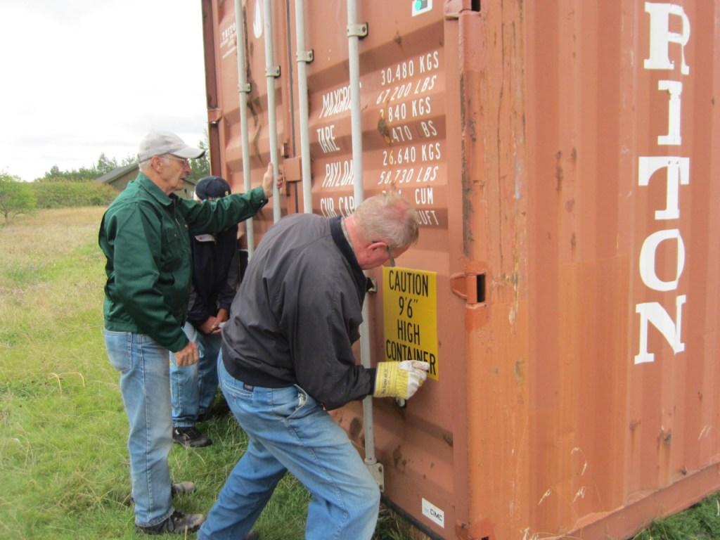 Akwamus venner slutpakker container Nr.6 med skoleudstyr til Akwamu - Ghana