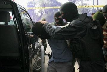 العدو الايراني يواصل حملة اعتقالاته العشوائية في صفوف الاحوازيين