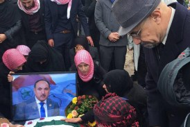 تشييع جثمان الشهيد أحمد مولى وتقرير الشرطة الهولندية عن عملية الأغتيال