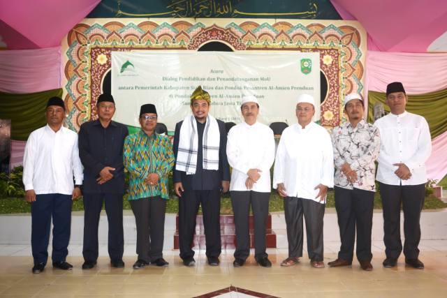 Dialog Pendidikan dan Penandatangan MoU dengan Pemerintah Kabupaten Siak