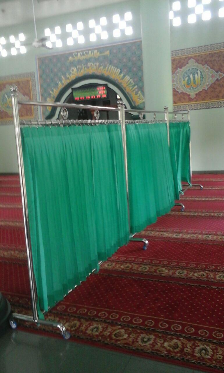Partisi Masjid  AlHusna Pusat Kebutuhan Masjid