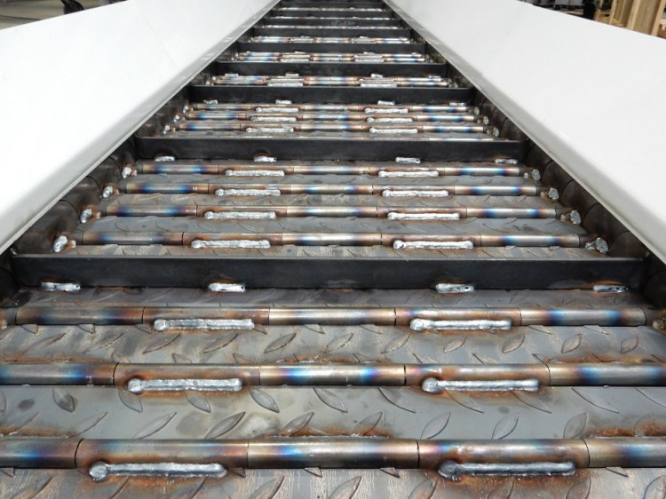 tapis-de-convoyeur-bret-200-tonnes.jpg