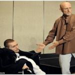 جراحون يؤكدون إمكانية زرع رأس مواطن روسي مشلول-صور وفيديو