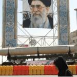 """بيان لـ140 """"عالما سنيا """" حول تحركات إيران بالمنطقة.. والعريفي: يوضح الخطر الصفوي الإيراني"""