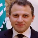 """""""وزير الفضائح"""" اللبناني.. من التحرش الجنسي إلى الدفاع عن إيران!"""