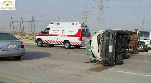 وفاة وإصابة 9 طالبات بحادث على طريق الجبيل الظهران (صور)