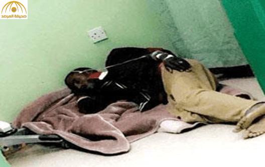 """صورة مريض منوم على أرضية  تستفز """"المغردين"""".. والمستشفى تكشف التفاصيل"""