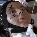 كان يُعتقد بأن المصابين بالشلل الكامل لا يمكنهم التواصل مع العالم الخارجي لكن دراسة جديدة تثبت العكس
