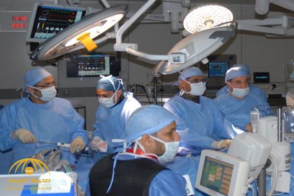 نجاح عملية زراعة صمامات لمريضتين في مركز الأمير سلطان للقلب دون تدخل جراحي