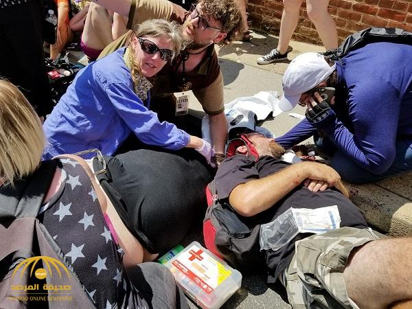 بالفيديو والصور .. سيارة تدهس حشدا خلال مظاهرة في أمريكا