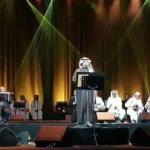 """السعوديون يعشقون الفن والغناء  .. شاهد ..الحضور الجماهيري الكبير لحفل """"محمد عبده """" بالرياض"""