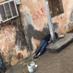 الجهات الأمنية تكشف تفاصيل وفاة طفل تعرض لصعقة كهربائية بسبب أمطار جدة..وهذه جنسيته!-صورة