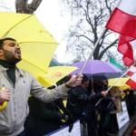 صحيفة بريطانية تكشف سبب الاحتجاجات في إيران
