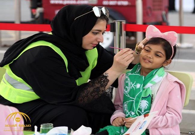 """أول تعليق لـ""""فيفا"""" على السماح للنساء بحضور المباريات في السعودية!"""