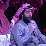 """""""بروح مازحة"""" .. شاهد : آل الشيخ يكشف كيف لعب على شركة الاتصالات لتوقيع عقد نقل الدوري!"""