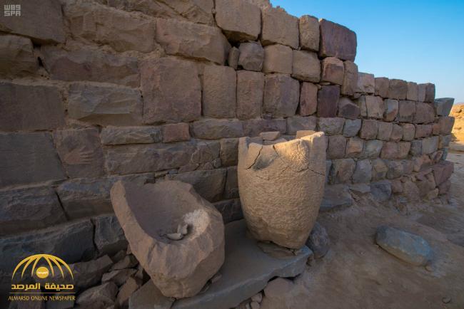 بالصور : العثور على جرة عملات نقدية تعود للقرن الأول الميلادي في نجران