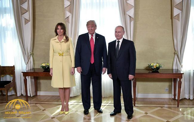 """""""التقطتها ميلانيا"""".. شاهد : هدية غير متوقعة من بوتين لـ""""ترامب"""" في قمة هلسنكي"""