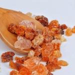 """الغذاء والدواء تكشف حقيقة استخدام """" الصمغ العربي"""" في علاج عدة أمراض"""
