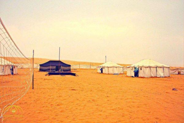العثور على فتاة  مخنوقة بحبل  ومنحورة داخل مخيم  بالكويت ..  ومفاجأة صادمة عن هوية الجاني!
