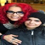 """12 معلومة عن الناشطة الإباحية صاحبة الشعر الأحمر التي احتضنت """"رهف"""" في كندا"""