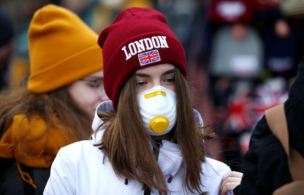 """بعد """"استعدوا لفراق أحبائكم"""".. مسؤول بريطاني يكشف عن أرقام مخيفة للوفيات المتوقعة بسبب كورونا!"""
