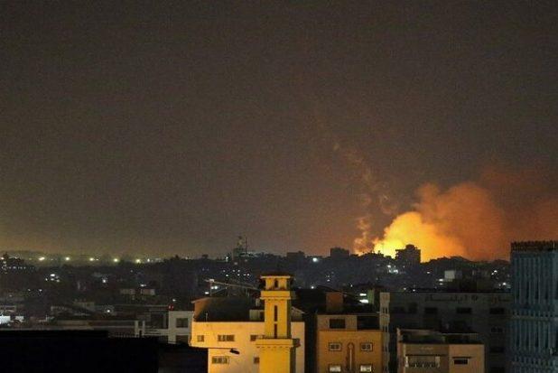 الطيران الإسرائيلي يقصف شمال قطاع غزة بأكثر من 50 صاروخًا
