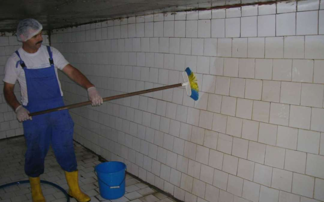شركة تنظيف خزانات بالرياض 0501515313