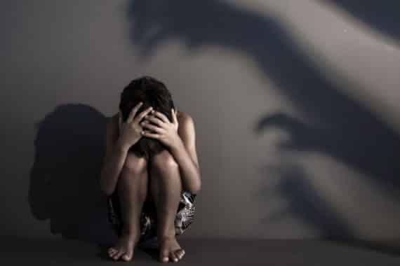 اغتصاب الأطفال