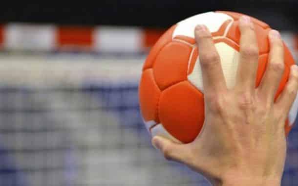 لعبة كرة اليد
