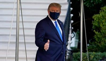 الرئيس الأمريكي مصاب بكورونا