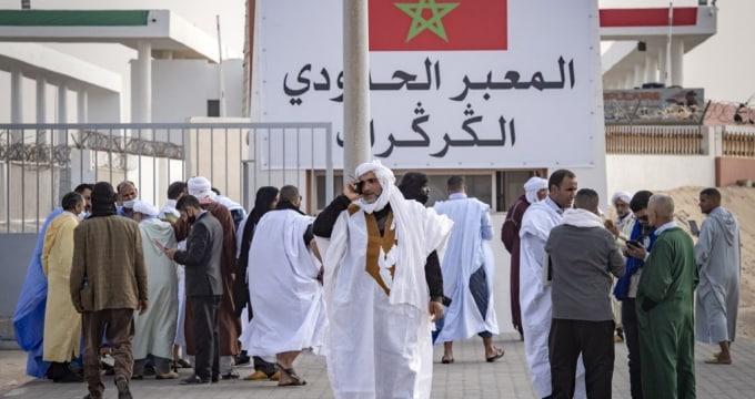 تجمع قبائل مغربية بالكركرات