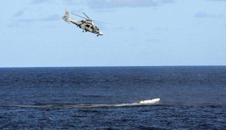 سقوط طائرة عسكرية جزائرية في البحر .. مقتل ضابط وفقدان 3 آخرين