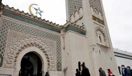 مسجد في باريس، فرنسا