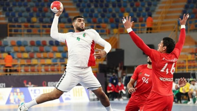 كرة اليد المنتخب المغربي ضد نظيره الجزائري