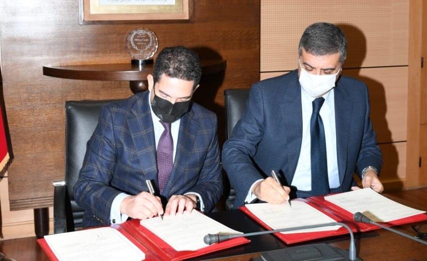 """اتفاق بين أمزازي و""""طنجة المتوسط"""" لدعم التعليم بمدن الشمال وفتح ثانوية للتميز بتطوان"""