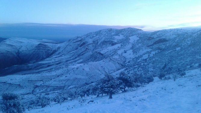 الثلوج بجهة الشرق
