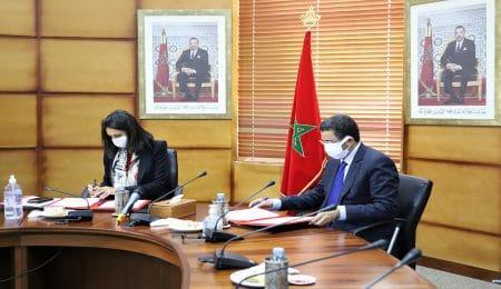 عبد النباوي وعلوي يوقعان مذكرة حول تحقيقات حوادث الطيران بالمغرب