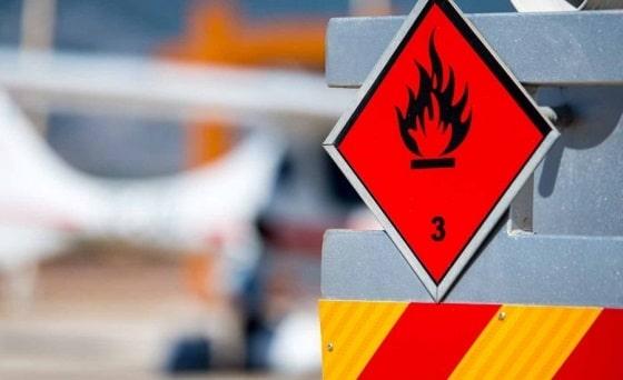 المغرب وإسبانيا يوقعان توأمة لتأمين نقل البضائع الخطيرة عبر الطرق