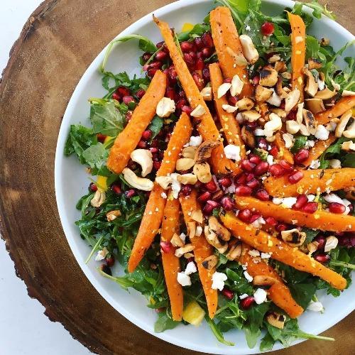 roasted carrot and arugula salad